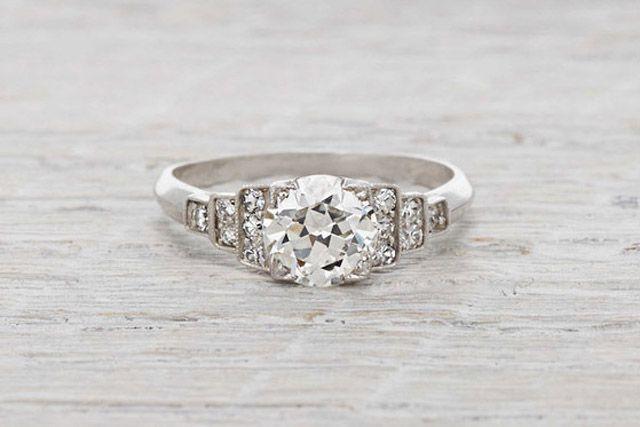 Art Deco Jewelry ring