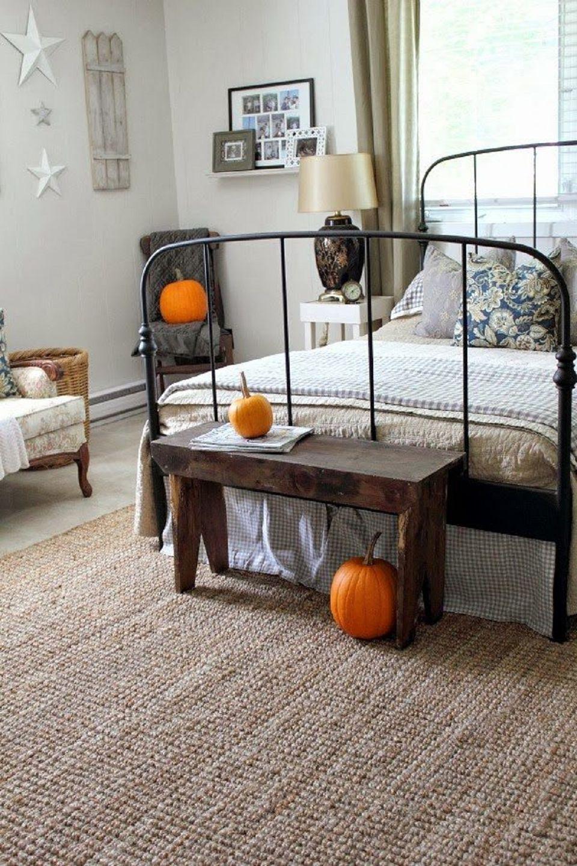 Adorable farmhouse bedroom
