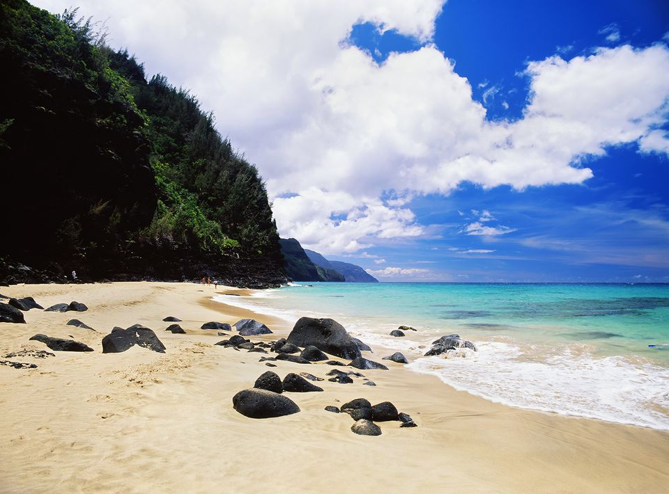 Driving tour of kauais north shore hawaii kauai napali coast beach and shoreline from haena state park solutioingenieria Image collections