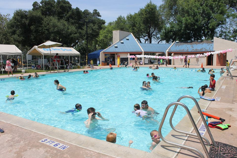 Water Parks Pools Spray Grounds In Silicon Valley
