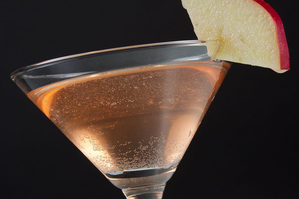 Tequila Tezon's Caramel Apple Pie Cocktail