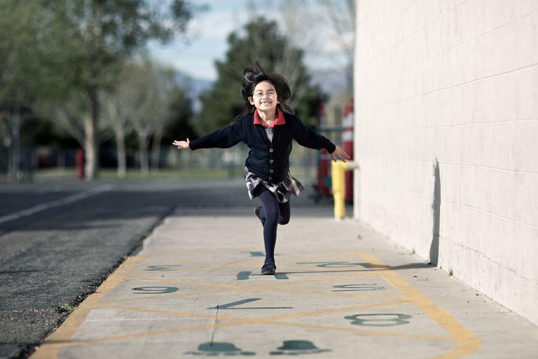 girl hopping