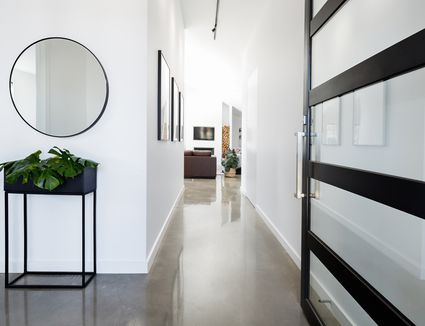 The Unsung Heroes Of Home Decor Heres How To Decorate With Mirrors