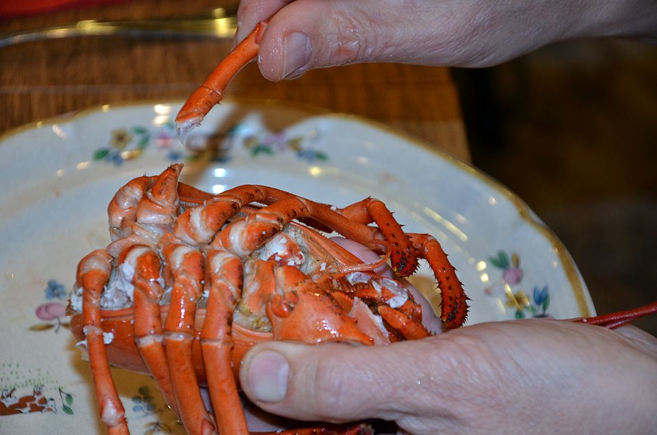 How to Eat Lobster Like a New Englander