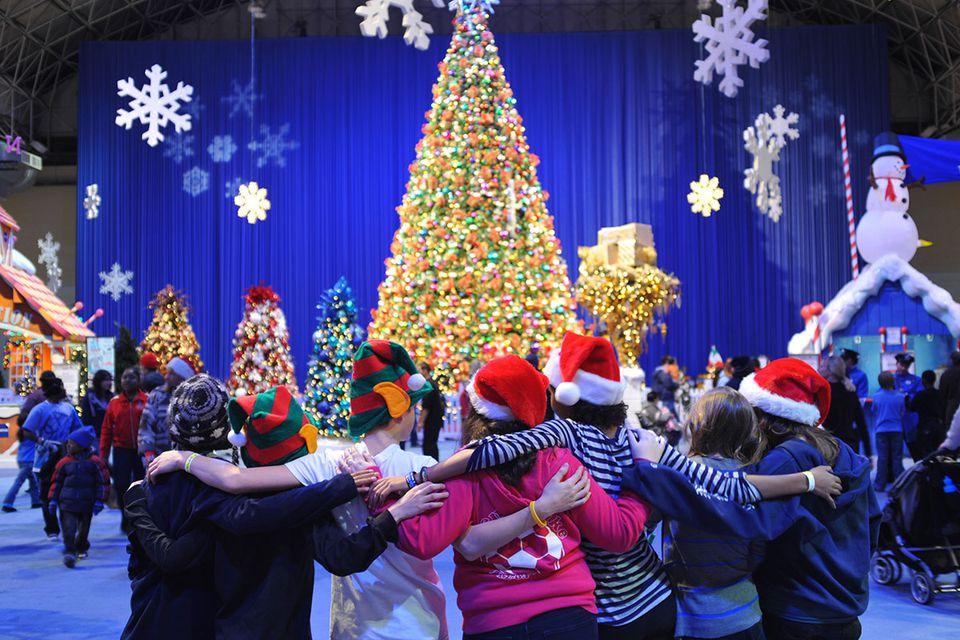 Navy Pier Christmas Tree