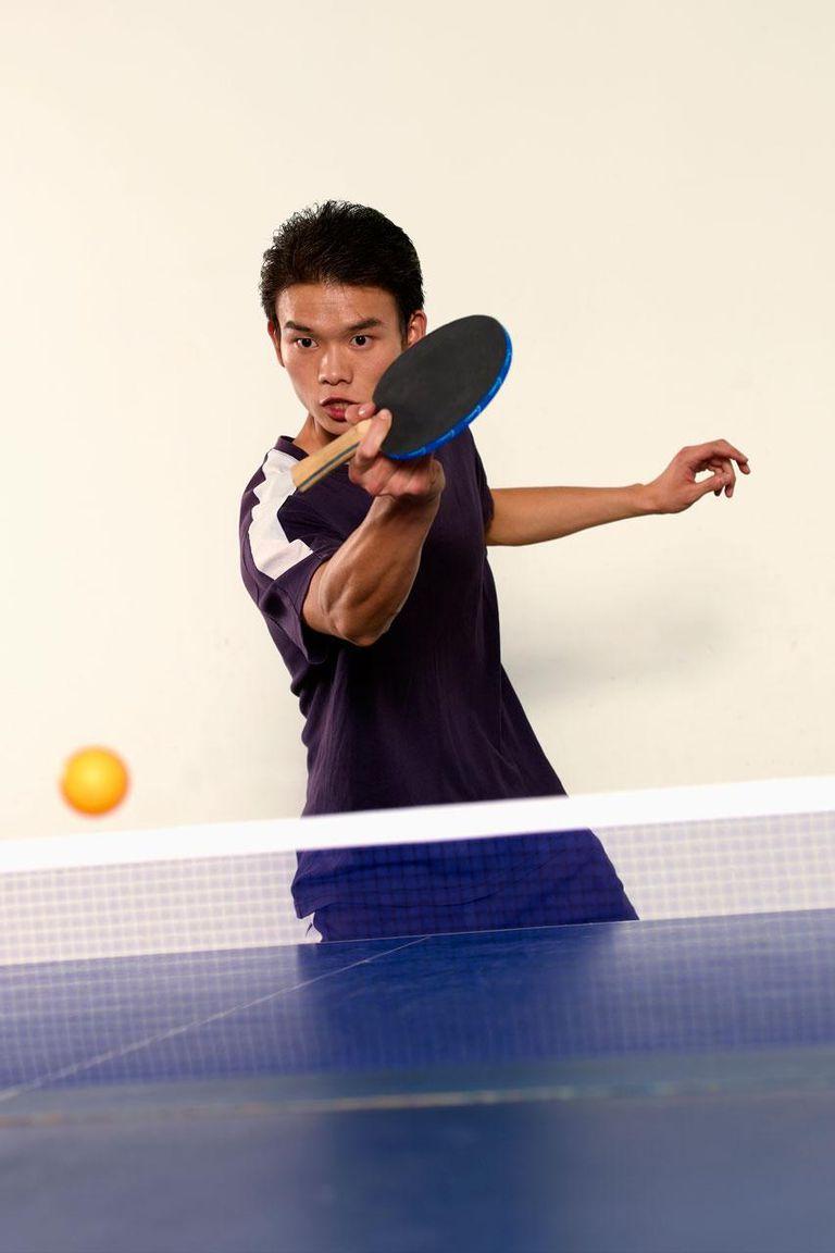 Man playing ping pong - China, Shanghai