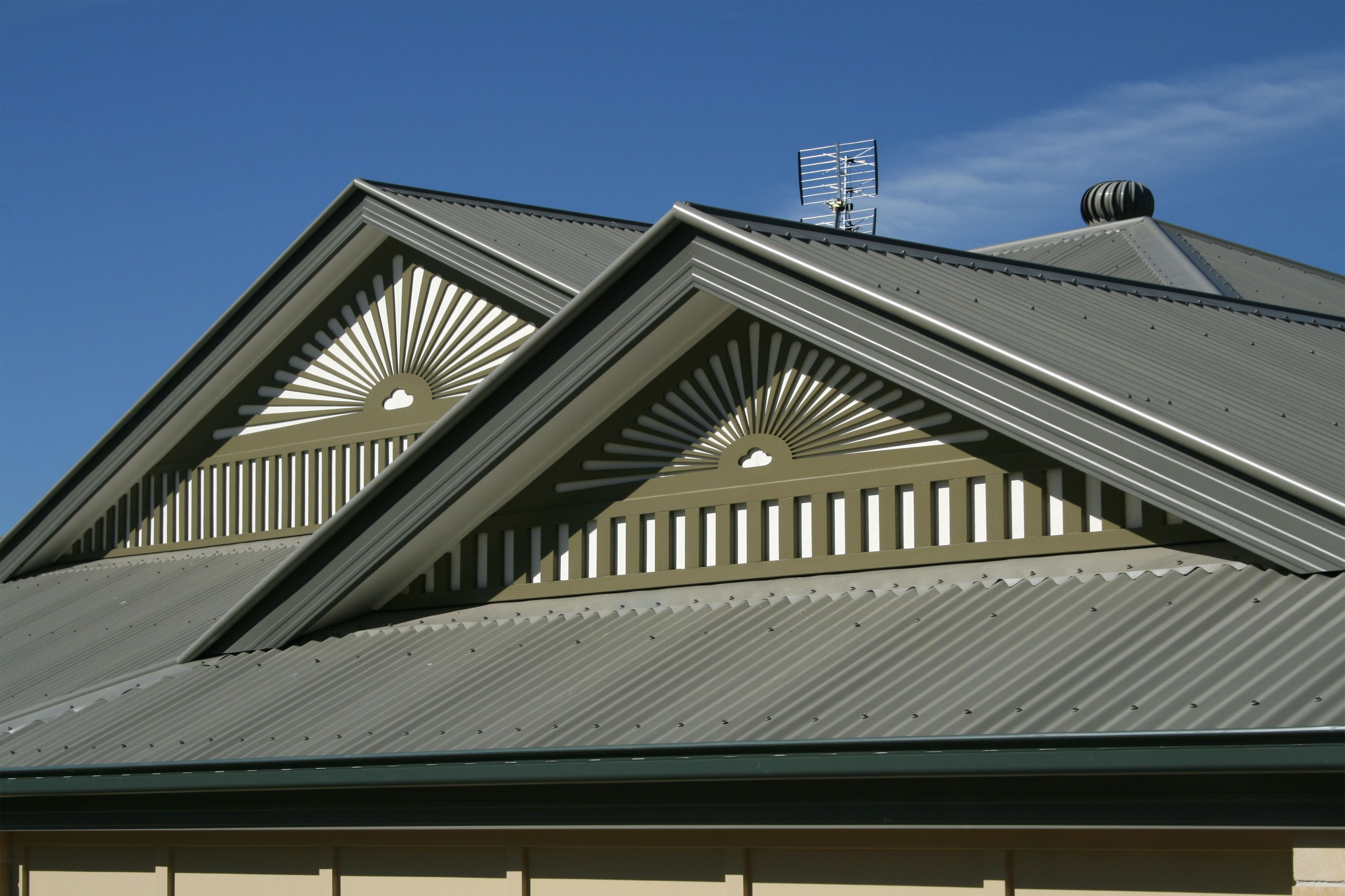 Metal roofs have a few disadvantages but many merits for Tin roof house designs
