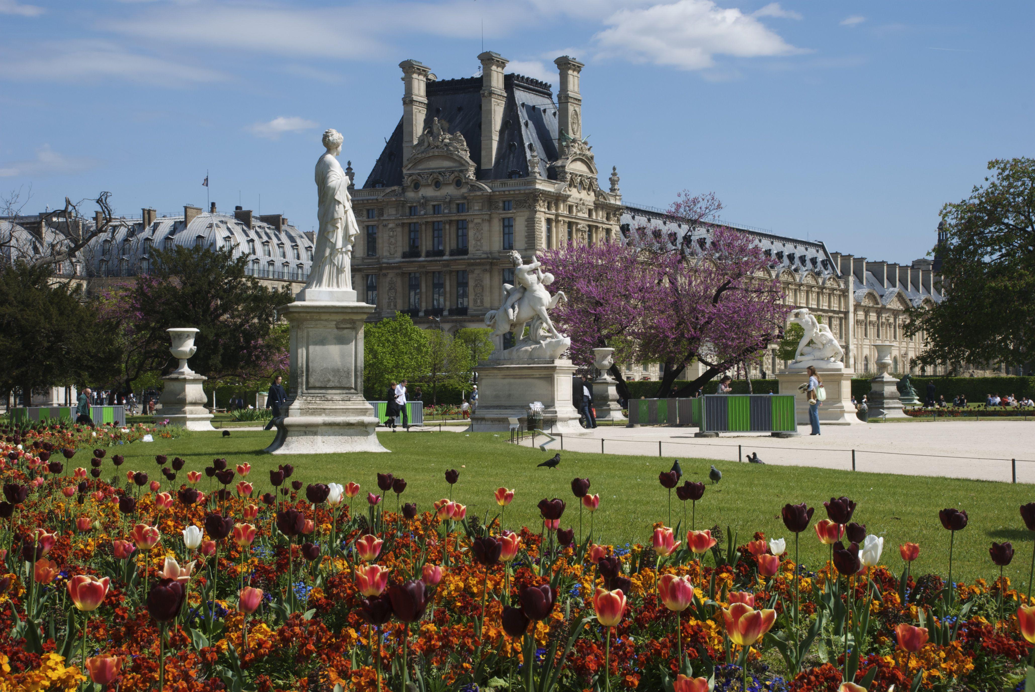the jardin des tuileries in paris a royal gem. Black Bedroom Furniture Sets. Home Design Ideas