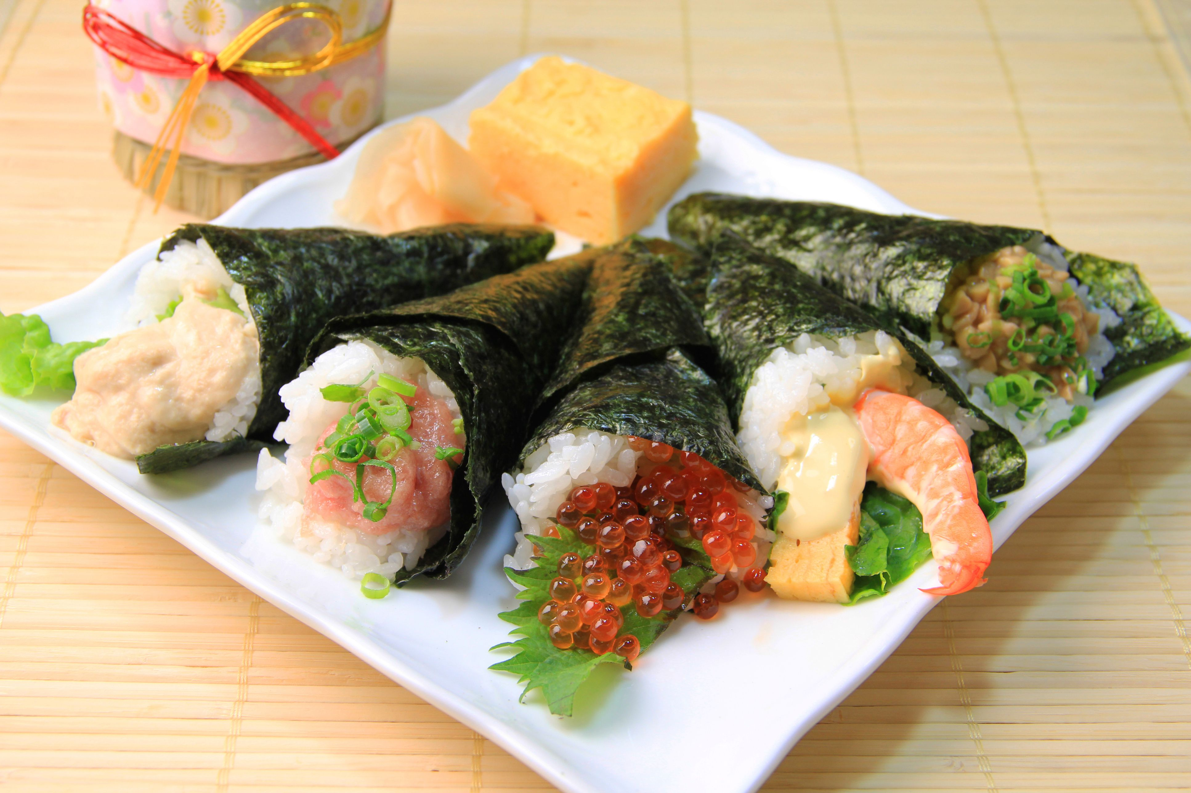 Ideas For Painting A Bathroom How To Easily Throw The Best Temaki Hand Rolled Sushi