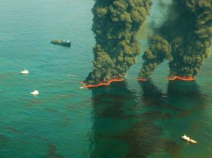 the economic impact of the bp Bp's oil spill: a gulf coast economic tsunami posted by tom young december 18, 2013 12:58 pm bp insinuates that the spill had little lasting economic impact on the region and that we should just get over it stones cause ripples, boulders cause waves.