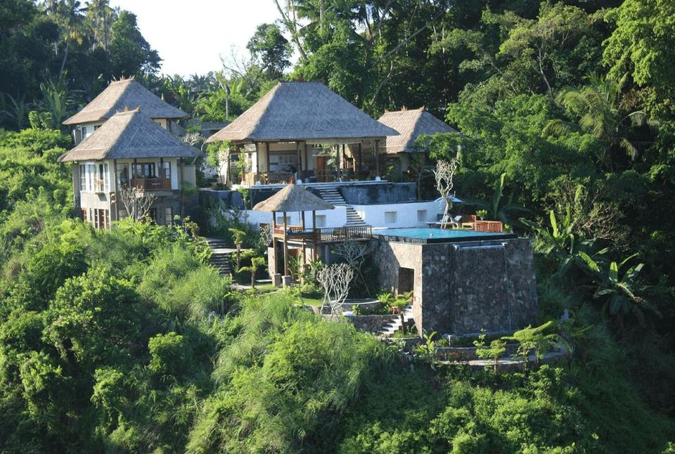 Amori Villas