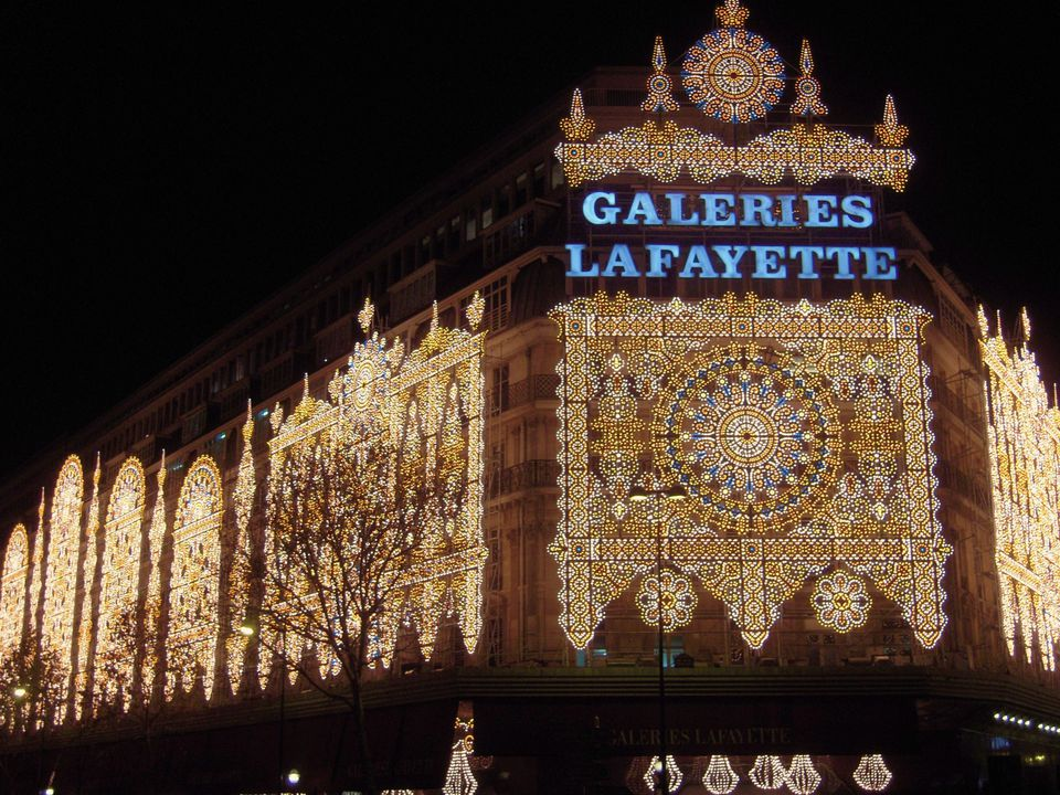 Galeries Lafayette attracts thousands of tourists every year.