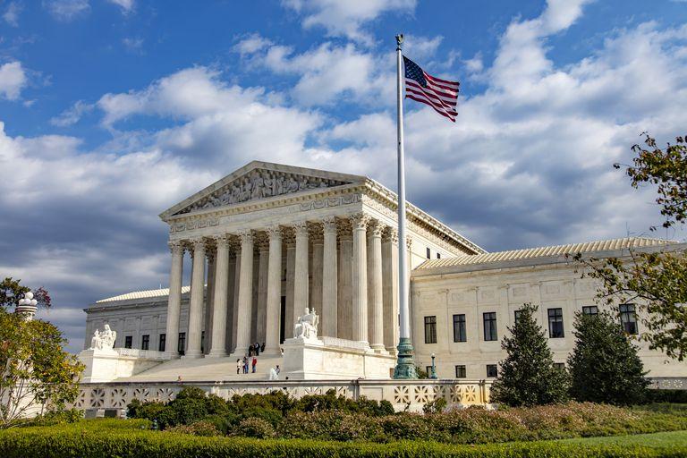 US Supreme Court - amgle