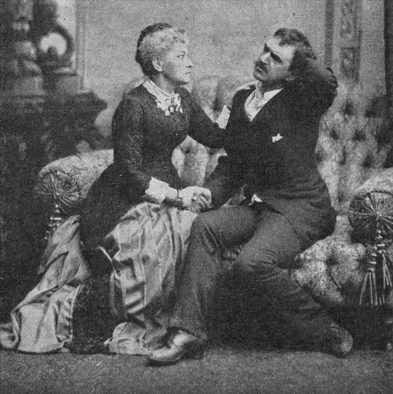 Hedvig Winterhjelm and August Lindberg in Ibsen's play Ghosts.