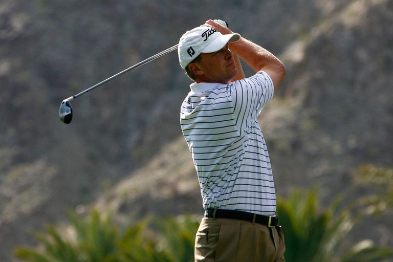 LA QUINTA, CA - JANUARY 25: Steve Stricker hits a tee shot on the fifth hole during the final round of the Bob Hope Chrysler Classic at the Palmer Course at PGA West on January 25, 2009 in La Quinta, California.