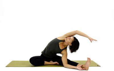 how to do headtoknee janu sirsasana yoga pose
