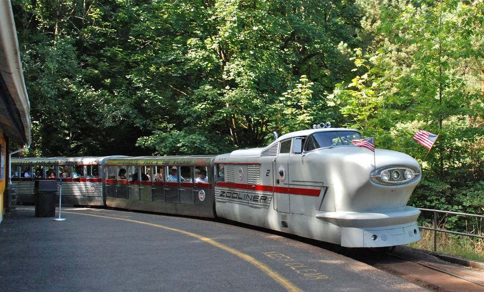 Washington Park and Zoo Railway's Zooliner