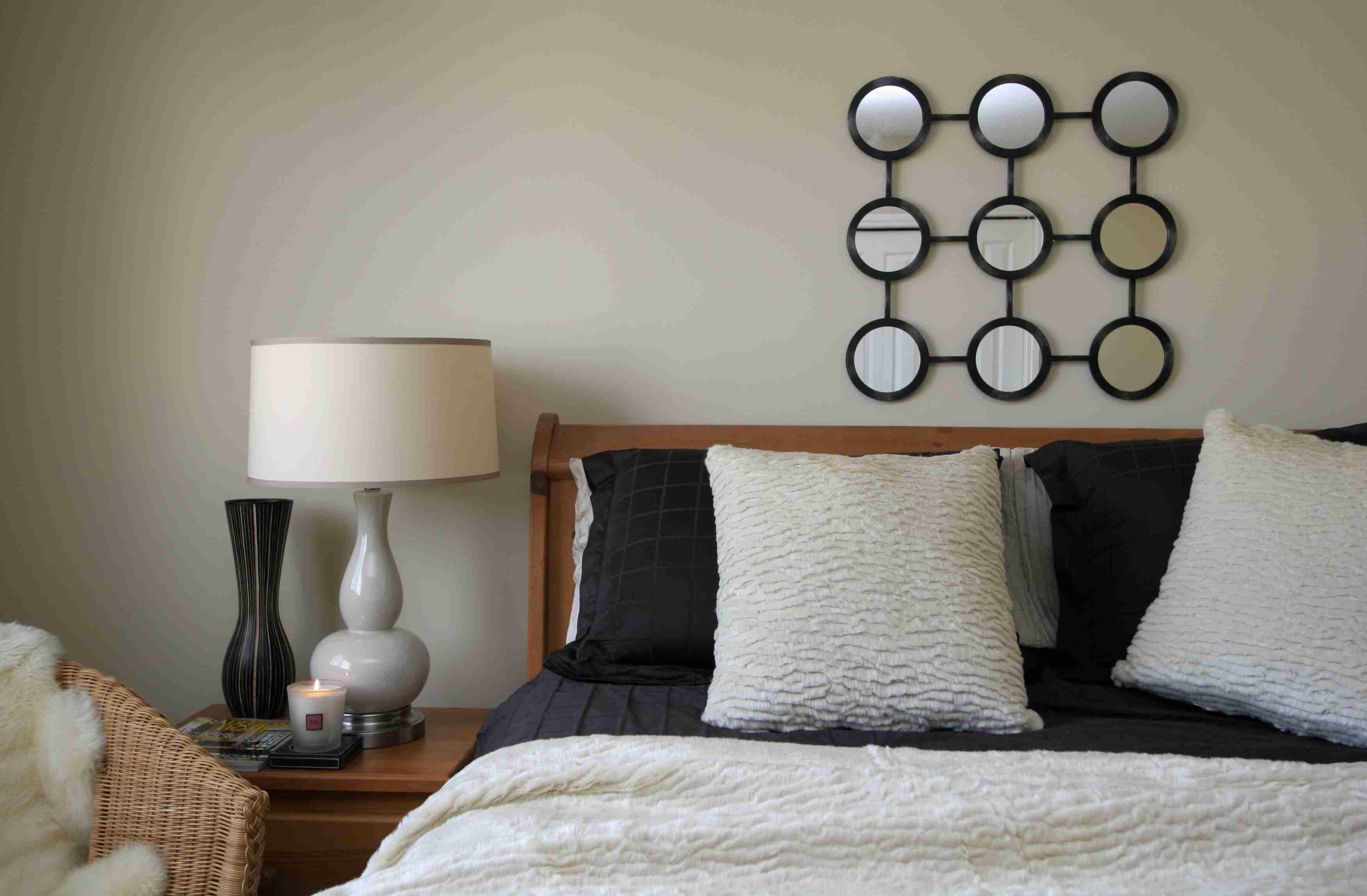Ways To Make A Small Bedroom Look Bigger