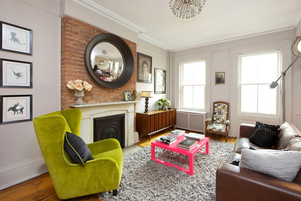 pops of bold color in traditional living room