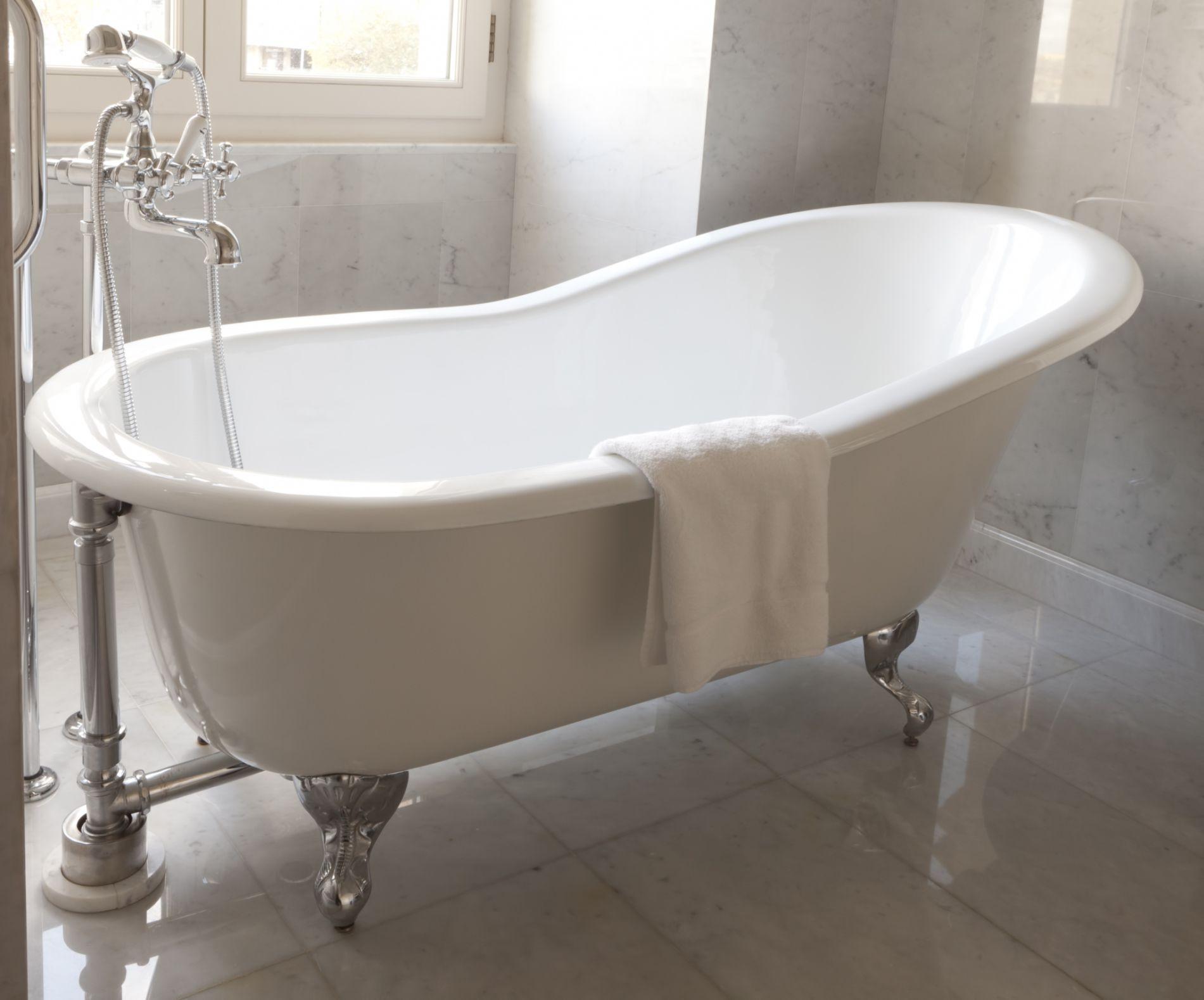 Bathworks diy refinishing kit for Bathroom tubs