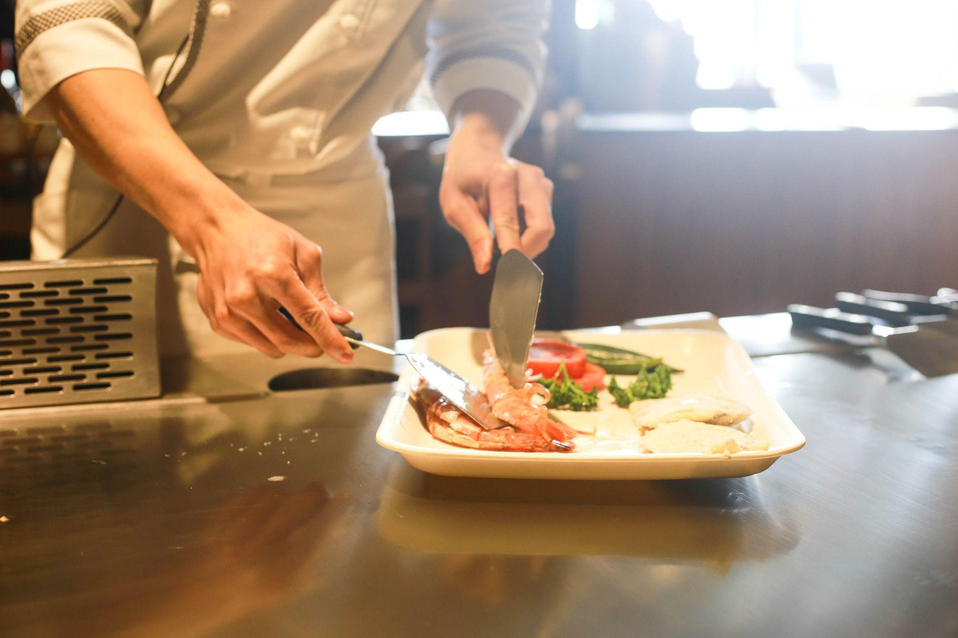 complete list of restaurant kitchen equipment