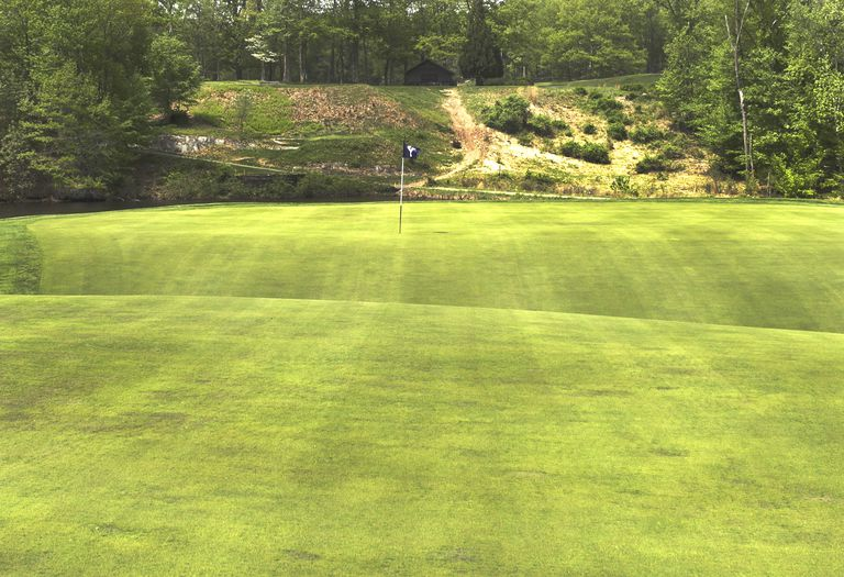 The green on the ninth hole at Yale Golf Course is a biarritz green