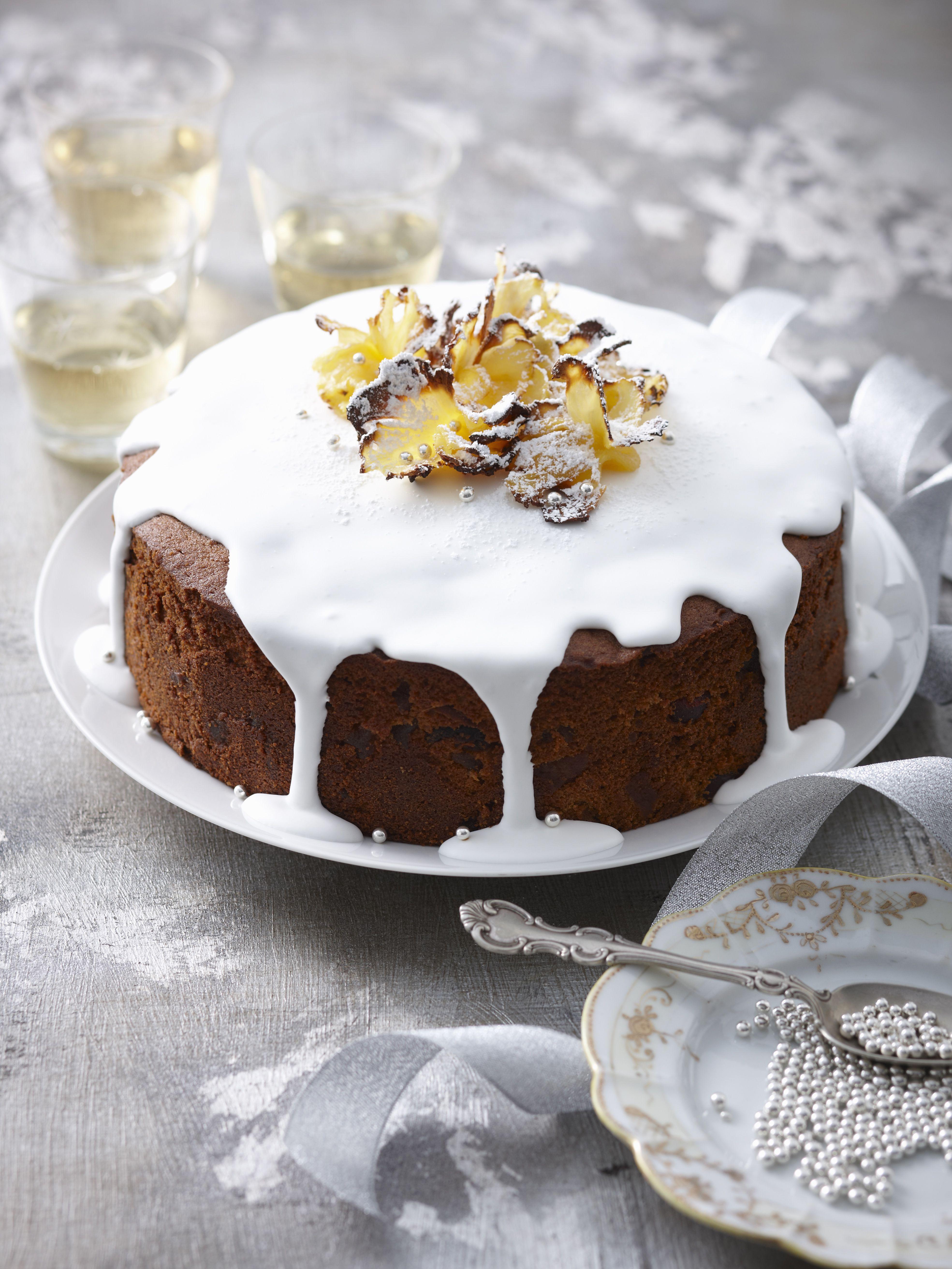 Moist and easy pineapple cake recipe for Como decorar una torta facil y economica