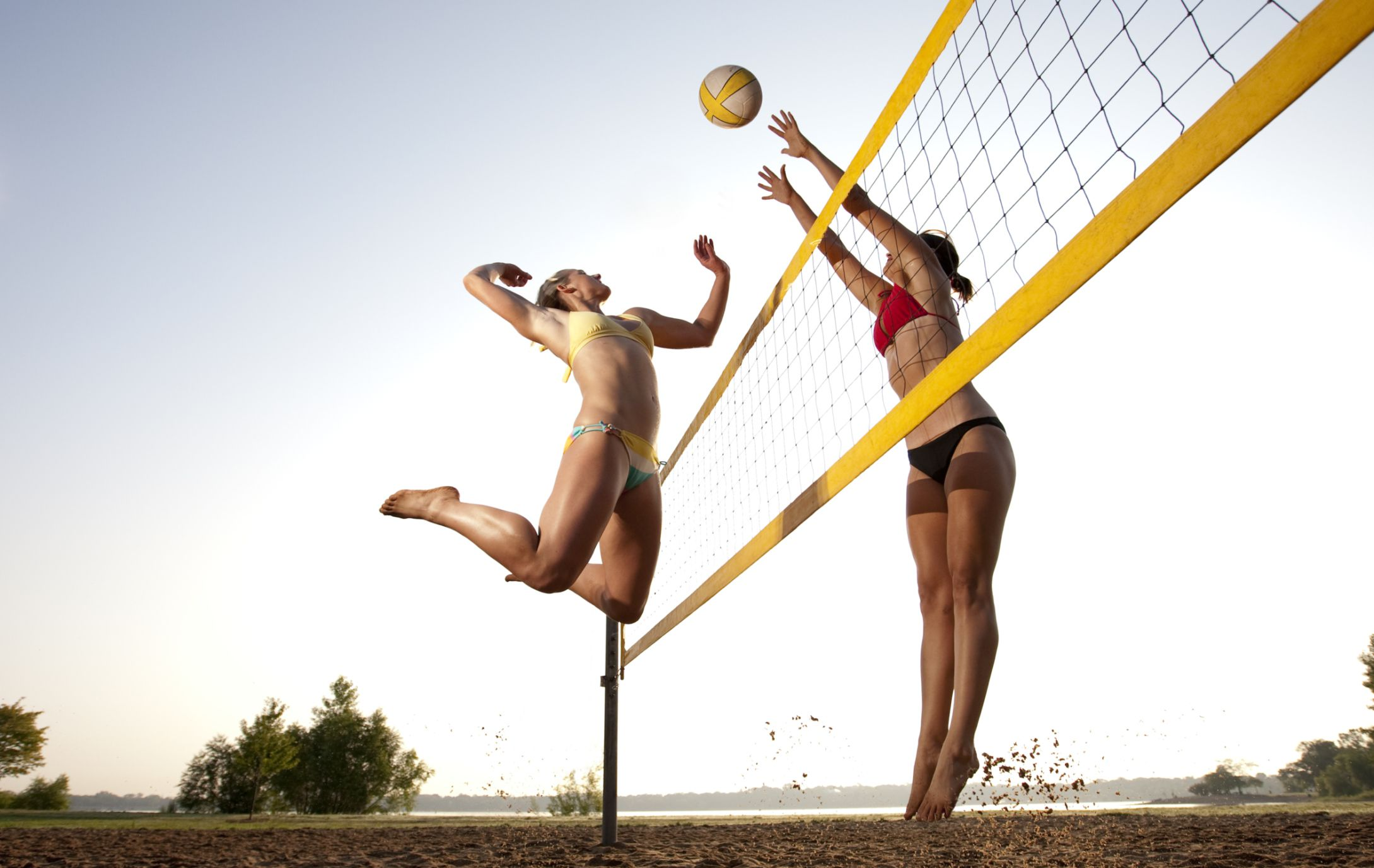 a joust in volleyball