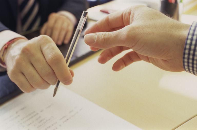 Hand passing pen