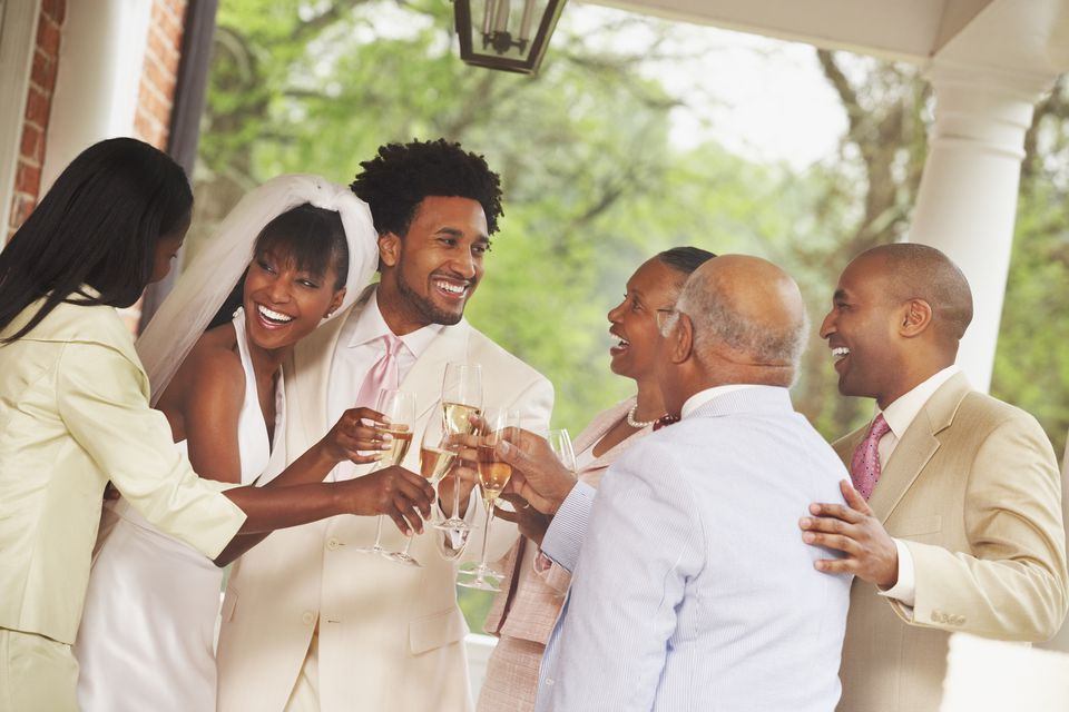 A guide to figuring out who pays for a wedding who pays for what traditionally at a wedding junglespirit Gallery