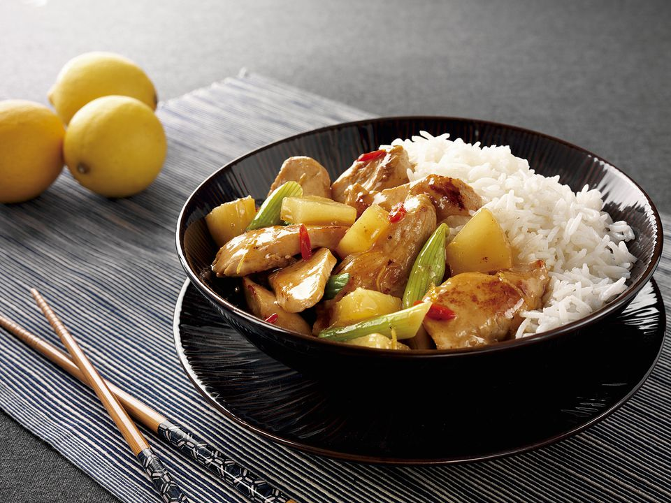Sweet and sour chicken with pineapple and rice (Asia)