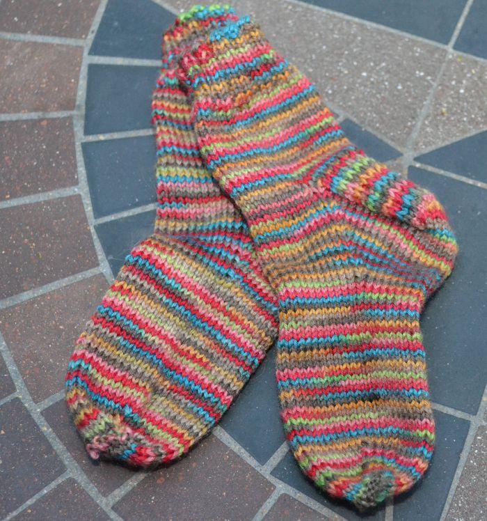 Instructions for Knitting Simple Toddler Socks