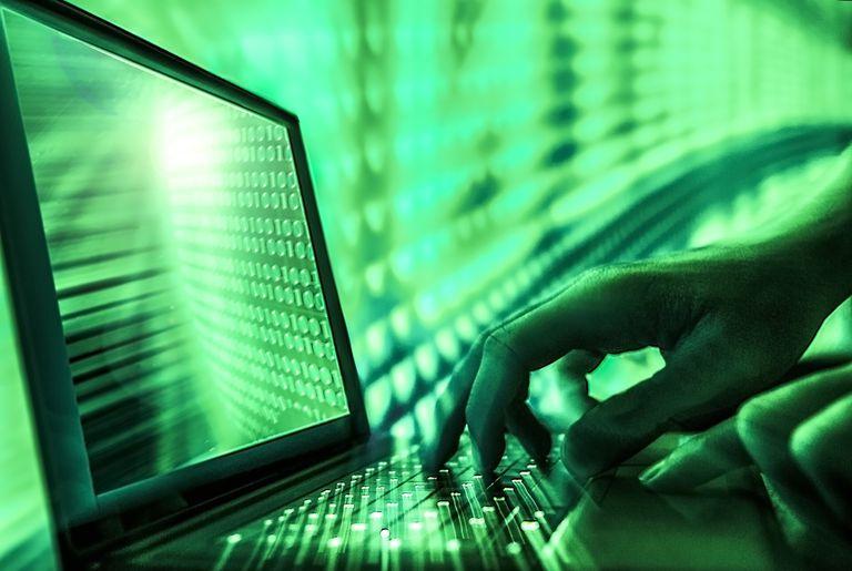 green hands hacker