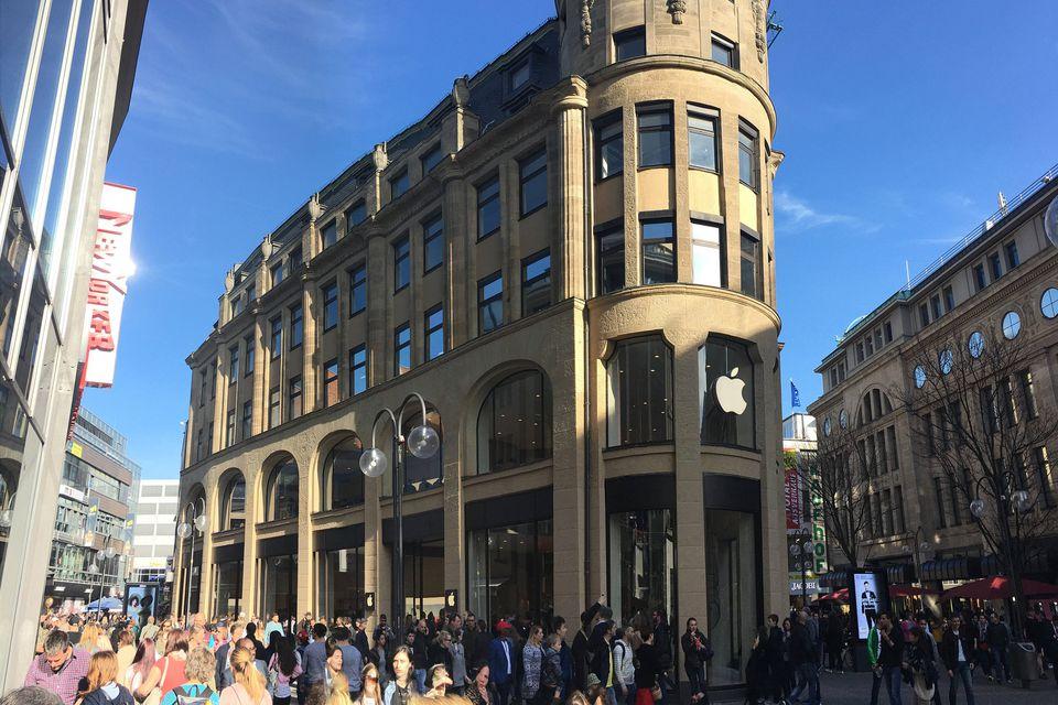 Stores on Schildergasse