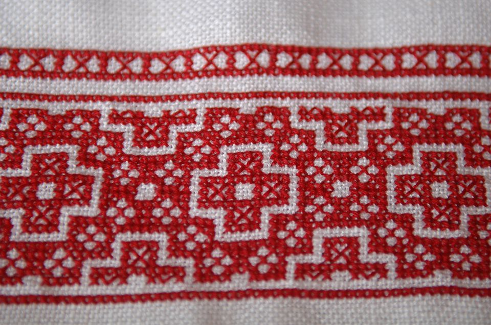 Country Christmas Farm Embroidery Design