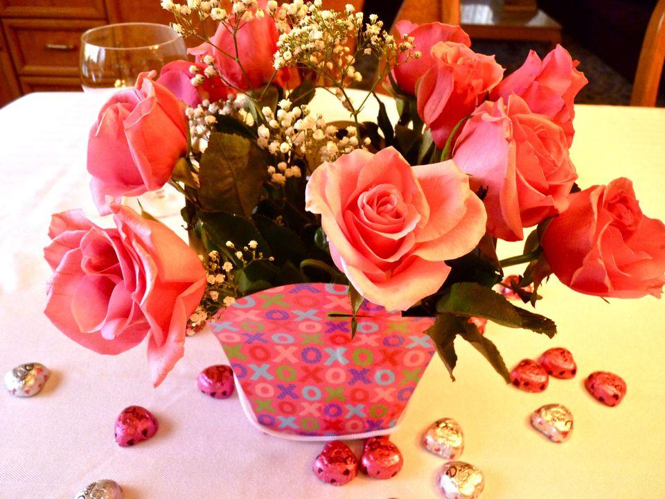 romantic pink valentines day centerpiece - Valentines Day Centerpieces