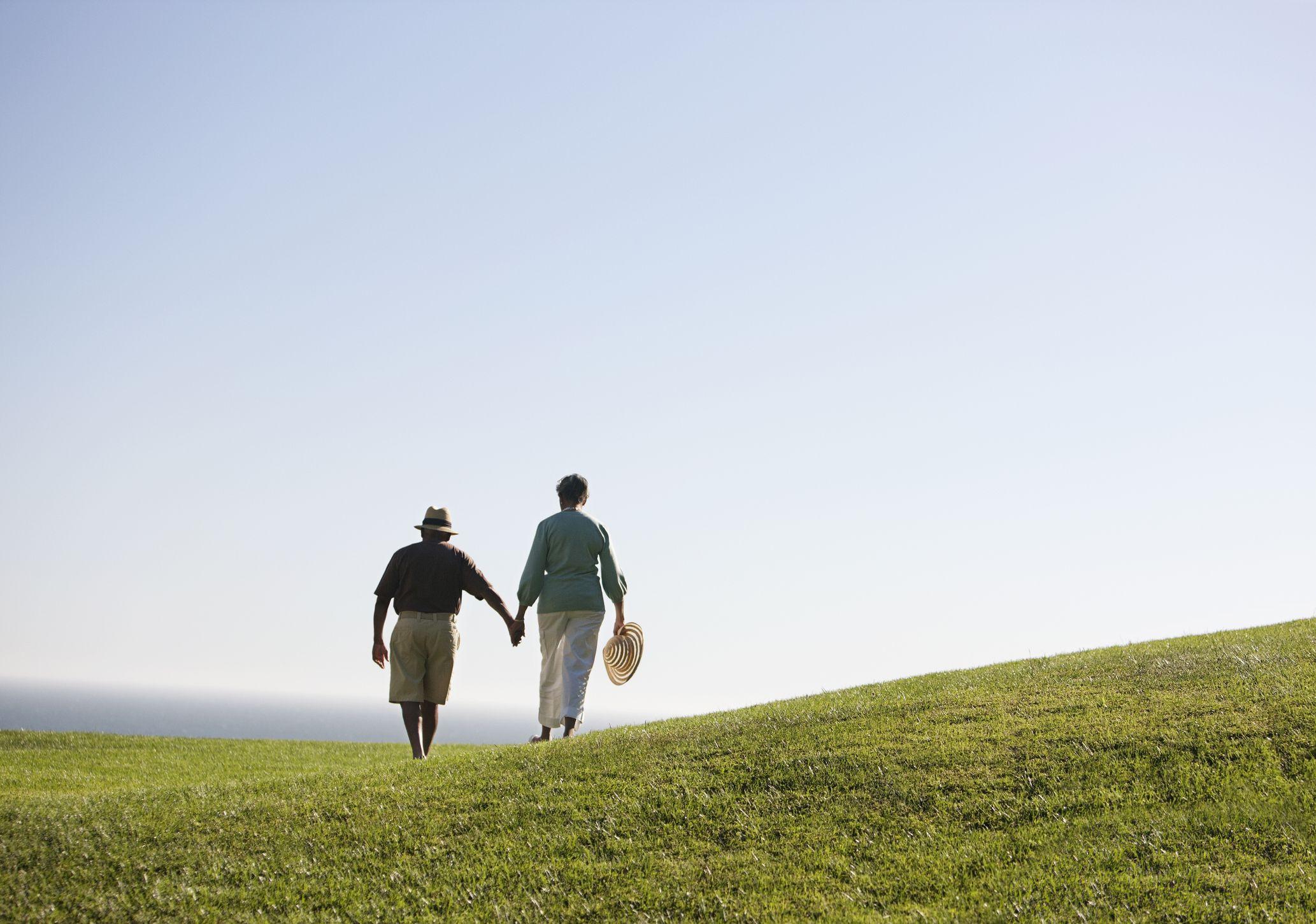 Romantic Trip And Tour Ideas For Senior Couples