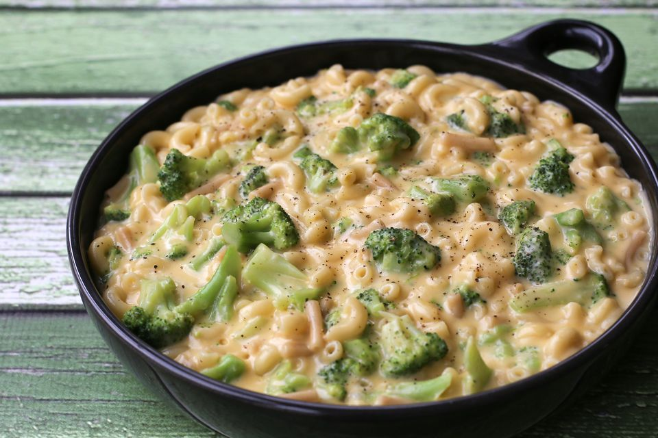 Creamy, Easy Broccoli Macaroni and Cheese