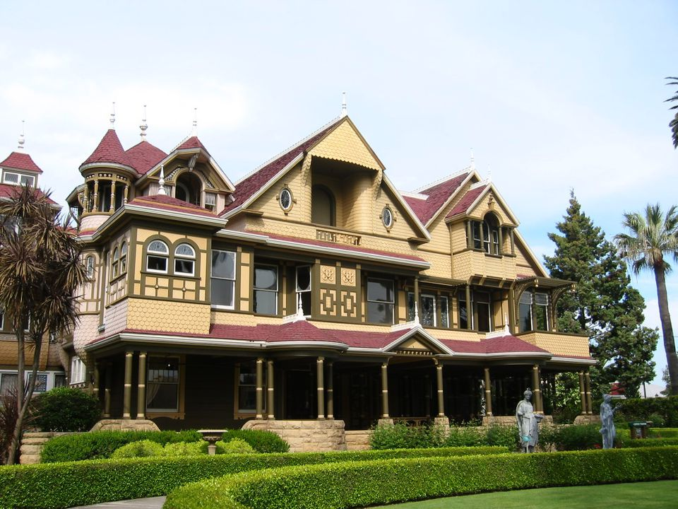 """""""Winchester Mystery House"""" by Julie Markee is licensed under CC BY 2.0"""