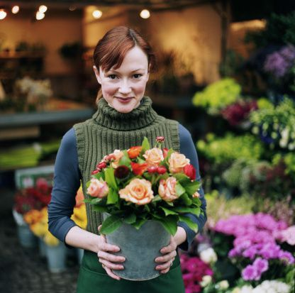 The right wedding florist should be easy to work with and upfront about costs.
