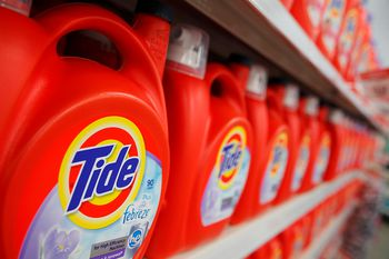10 Ways to Upcycle Laundry Detergent and Bleach Bottles