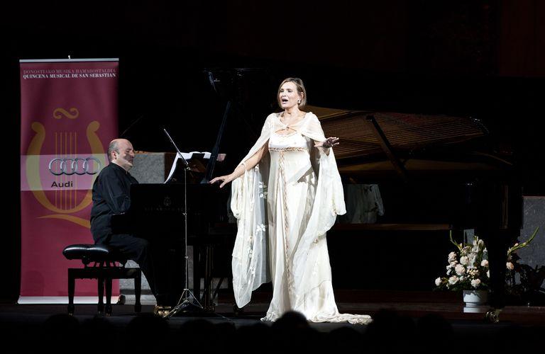 Vocal Recital -- Large Picture