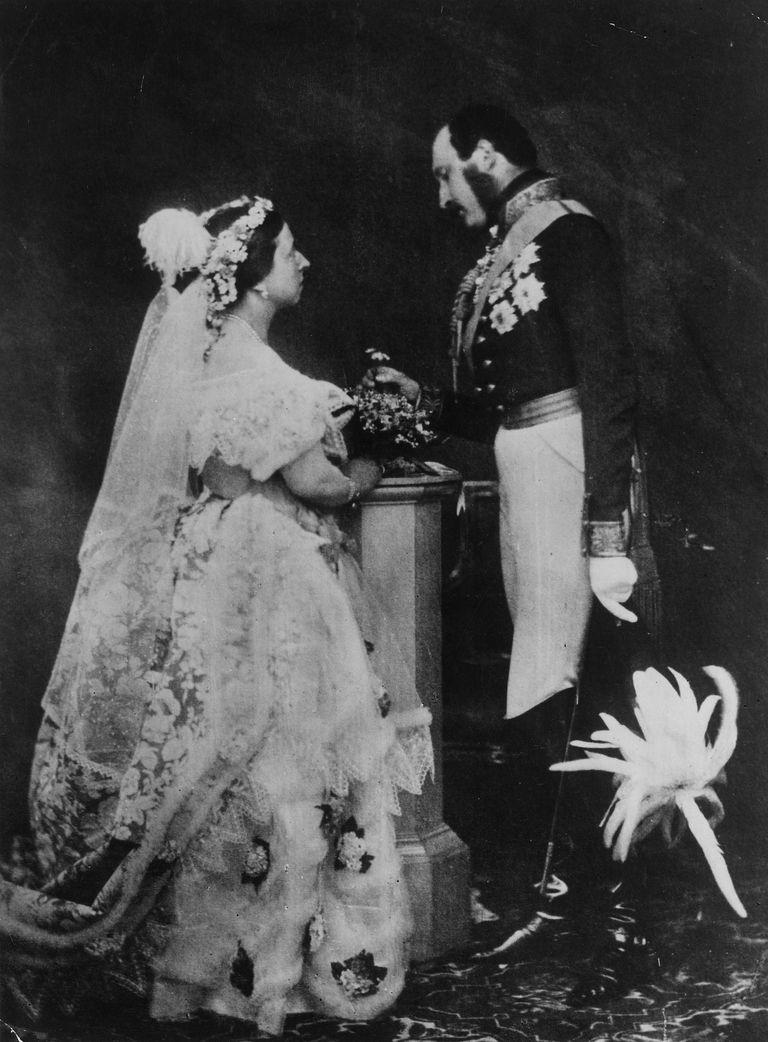 british royal weddings from victoria to kate middleton. Black Bedroom Furniture Sets. Home Design Ideas