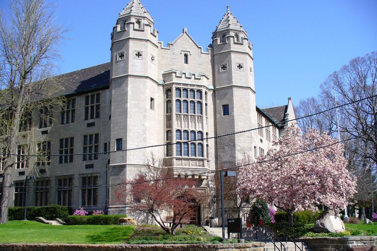 Jones Hall at Youngstown State University