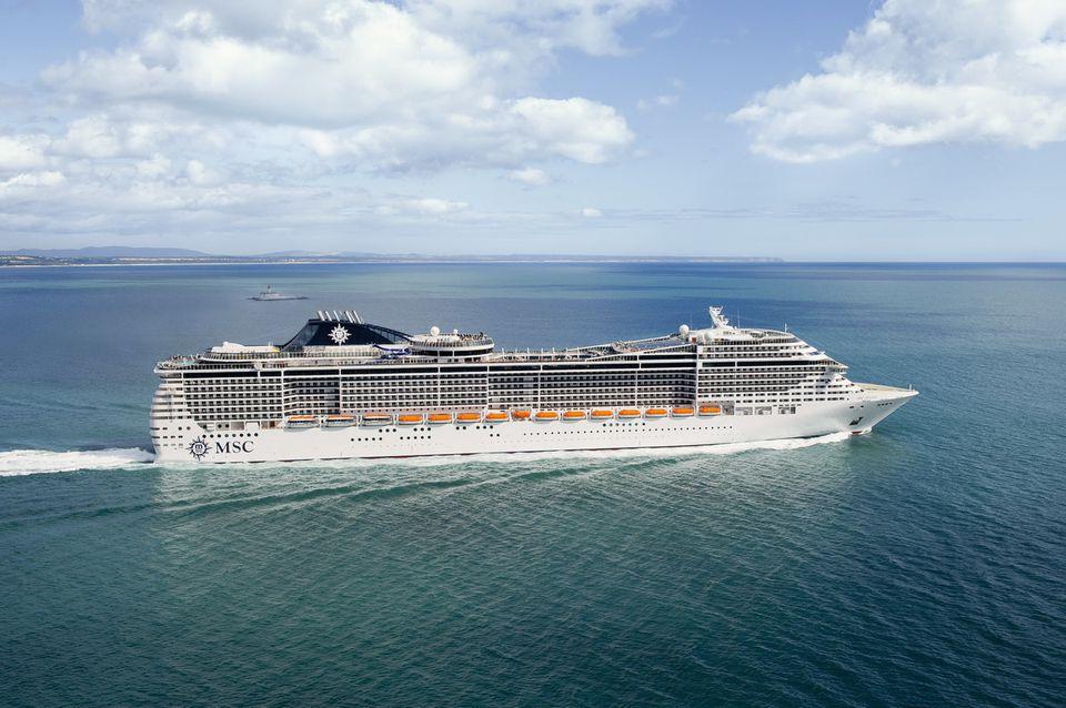 MSC Divina at sea