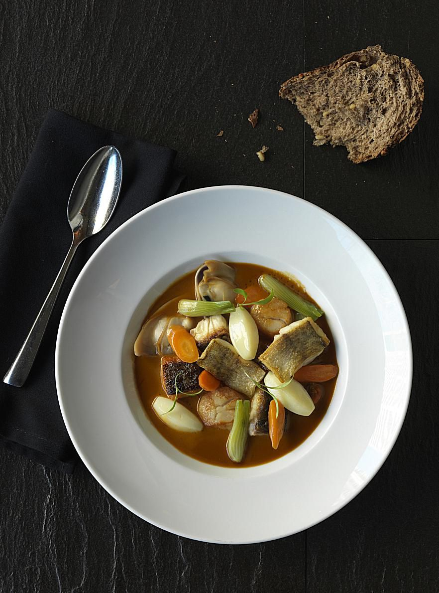Greek Fisherman's Soup Recipe (Kakavia)