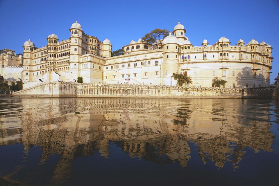 City Palace and lake in Udaipur. Rajasthan. India