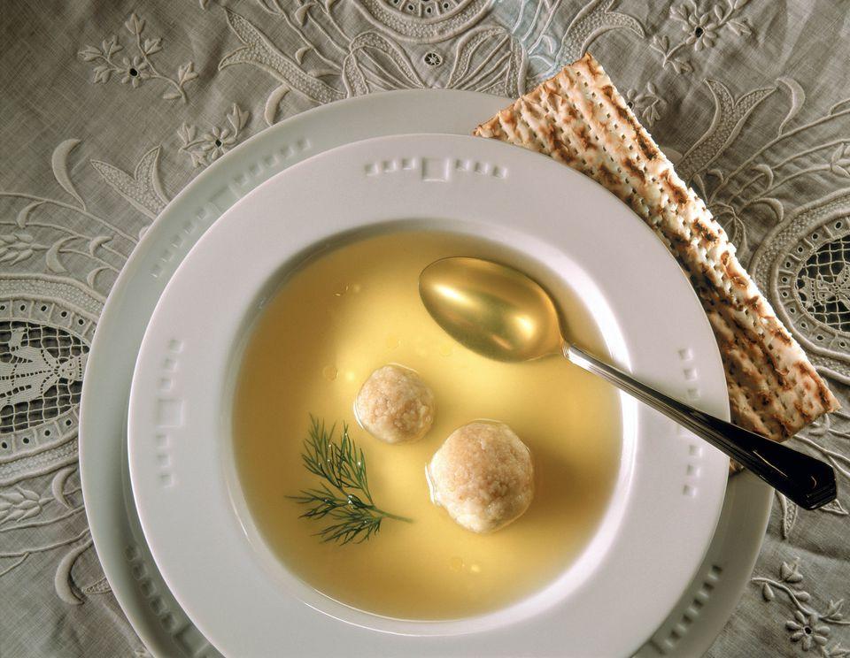 Chicken soup matzo balls