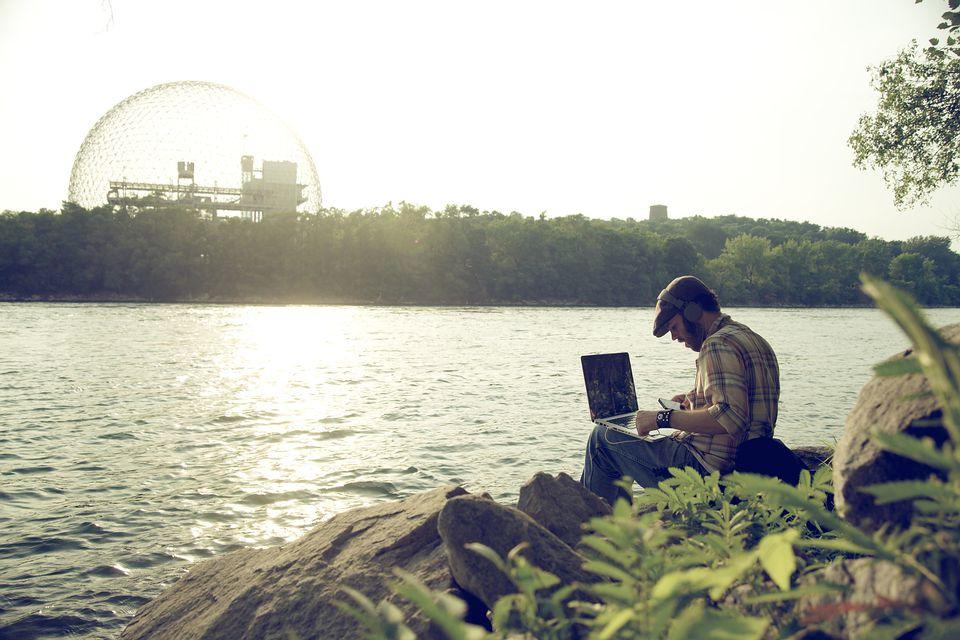 Montreal WiFi hotspots include these free wireless internet access zones.