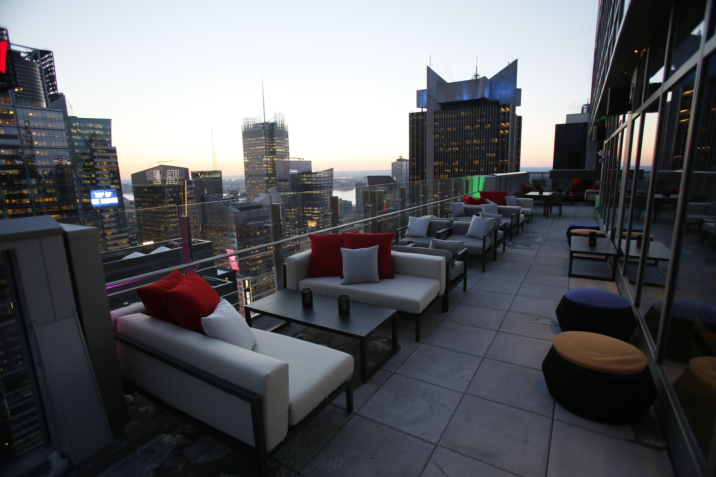 Bar 54 New York City S Highest Rooftop Bar